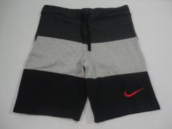 Bermuda Moletom Nike (P)